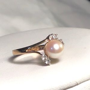 🌺Vintage Gold and Cultured Pearl Ring